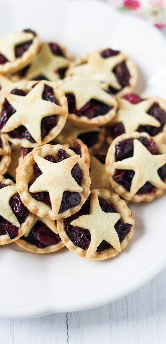 Cranberry-Studded Fruit Mince Pies. Adapted from Nigella Lawson | eatlittlebird.com