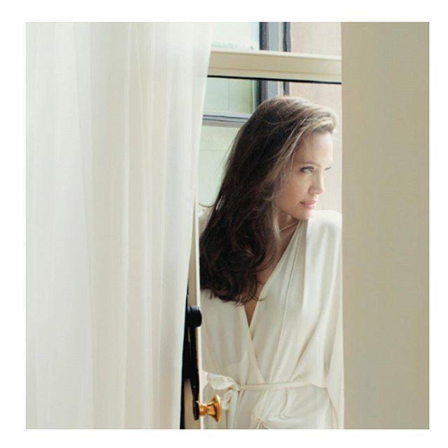 Angelina Jolie provance-i házában forgott a Mon Guerlain illat reklámfilmje. Keresd a marieclaire.hu Kirakat rovatában... #monguerlain #guerlain #angelinajolie #fragrance #provance #home  via MARIE CLAIRE HUNGARY MAGAZINE OFFICIAL INSTAGRAM - Celebrity  Fashion  Haute Couture  Advertising  Culture  Beauty  Editorial Photography  Magazine Covers  Supermodels  Runway Models