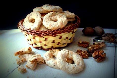 Biscotti alle noci senza glutine, latte e burro