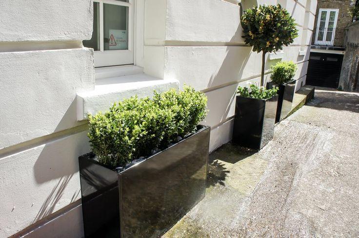 Contemporary planters | Outdoor Planters | Designer planters | Luxury planters | Metal planters