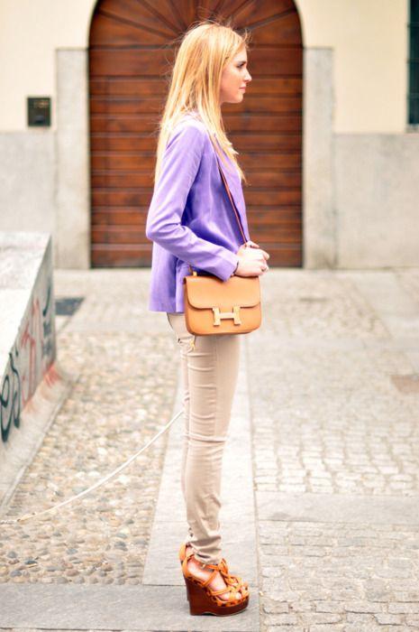 Outfits that matches Amazing Jake's color scheme - Light purple jacket.