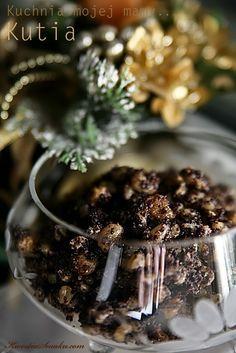 Kutia, tradycyjna potrawa na wigilię, przepis na potrawę z ziaren pszenicy, przepis i zdjęcie kutii, pyszna utia nie słodka, potrawy z makiem, smaczne danie z maku, rodzynek i migdałów