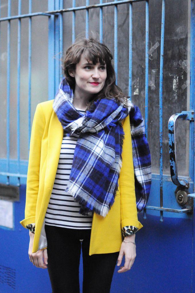 Sunshine --- Violaine Olga Madeleine --- Viou --- Fashion Blogger, Paris, Streetstyle, Fashion, Blazer jaune Zara, Marinière Petit Bateau, Jeans Monki, Bottines Kookaï, Echarpe Zara