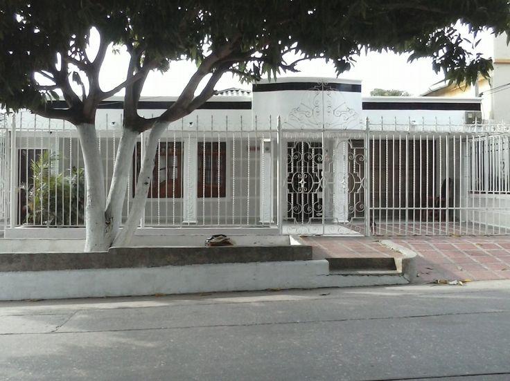 ESPECTACULAR CASA EN VENTA UBICADA EN OLAYA Casas en Venta en Barranquilla - INURBANAS S.A.S