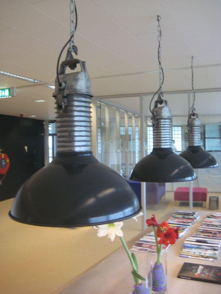 Industriele  Philips lampen