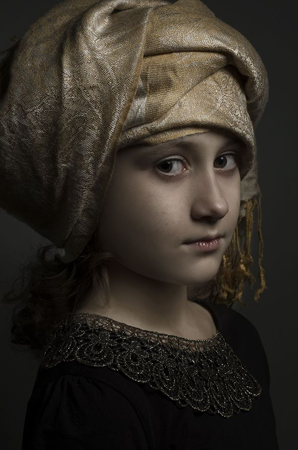 Noa Beumer, Golden age painting Style photo portrait. By Rudi Huisman Photography