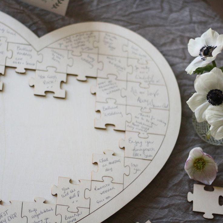 Livre d'or puzzle géant forme coeur en bois