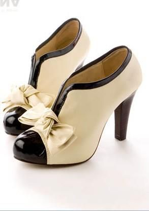 1930s.... I love this look for a shoe Christian Louboutin N??Prive 120mm Slingbacks Black Coupon Cheap