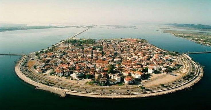 Αιτωλικο ! Η Βενετια της Ελλαδας Αλλοι την παρομοιάζουν με νερένια πόλη, άλλοι την αποκαλούν μικρή ...