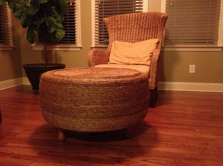 """""""Ottoman made from a tire! Amazing!"""": Idea, Old Tired, Tired Ottomans, Reuse Furniture, Recycled Tired, Tired Save, Living Rooms Furniture, Tireottoman, Diy Projects"""