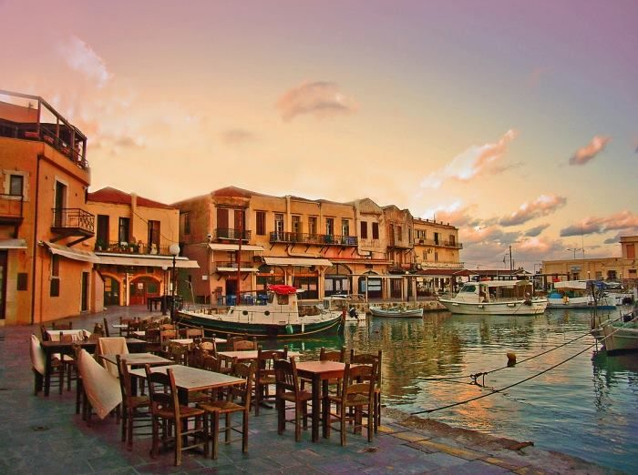 The Old Venetian Harbour of Rethymno, Crete. https://www.facebook.com/SentidoPearlBeach/photos/pb.183158851731783.-2207520000.1446482832./874428435938151/?type=3