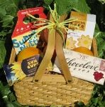 Eco-friendly and organic gift basket from www.pristineplanet.com