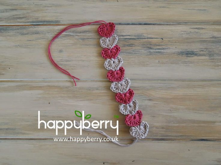 I adore crocheting little hearts and what better to amalgamate a few into a gorgeous bracelet which would surely delight any crochet jew...
