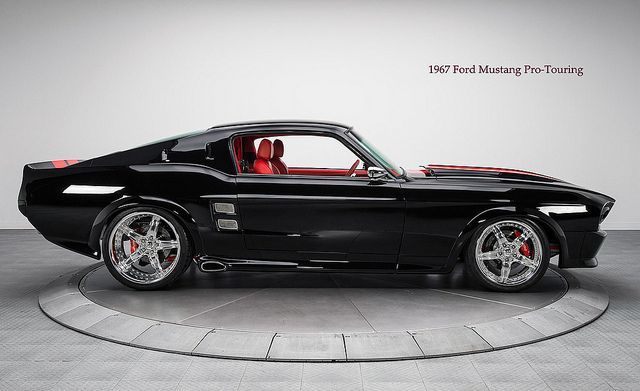 Muscle car - 1967 Ford Mustang Pro-Touring