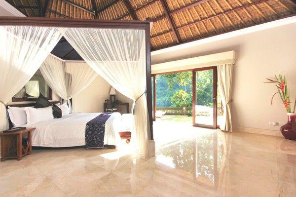 Bedroom set, canopy bed