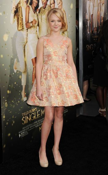 Cassie Brennan's looks AMAZING!!!! All the cutest dresses and gowns at the premiere of Tyler Perry's The Single Moms Club