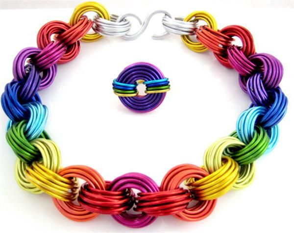 : Chainmail Jewelry, Rainbows Chains Maill, Horns, Bones, Beauty Jewelry, Chainmail Bracelets, Necklaces, Latest Trends, Awesome Women