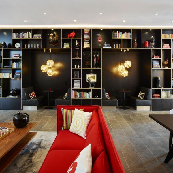 citizenM Tower of London hotel - living room