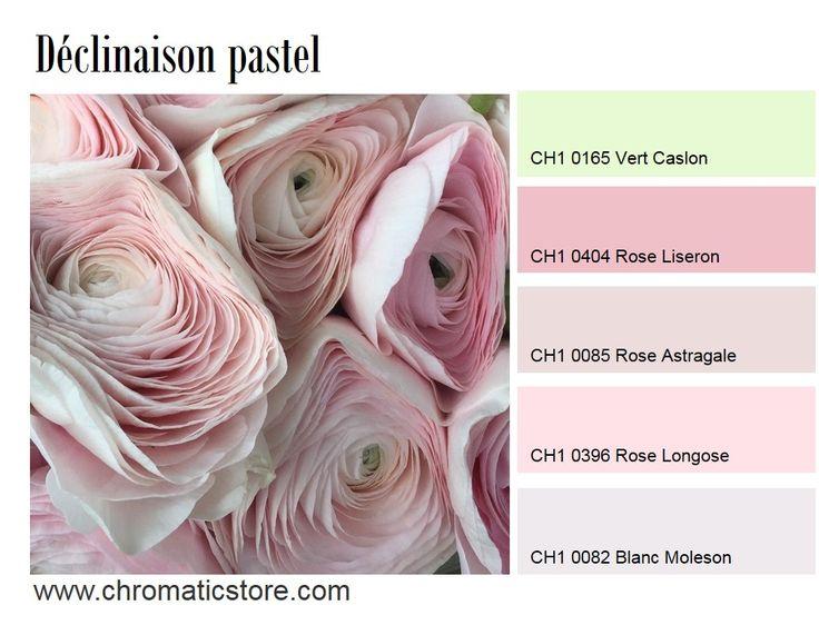 Le rose pastel (Liseron, Astragale ou Longose) s'affiche en camaïeu sur les murs, dans une chambre par exemple. Le dynamisme sera donné par des accessoires plus flashy (linge de lit, tapis, etc.). www.chromaticstore.com