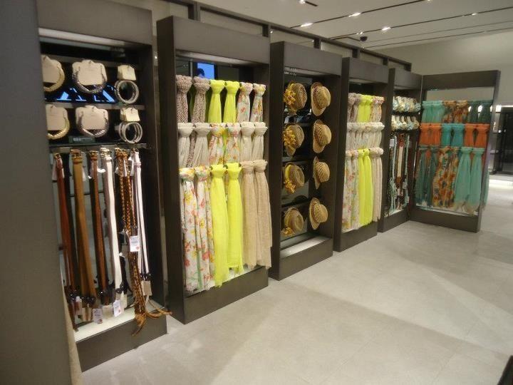 Visual #Merchandising | Zara