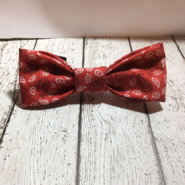 This bow tie has a matching collar available This bow tie will show off your pups swagger as special events, photos or parties....or work night ;) They are handmade and have double sided velcro to wra