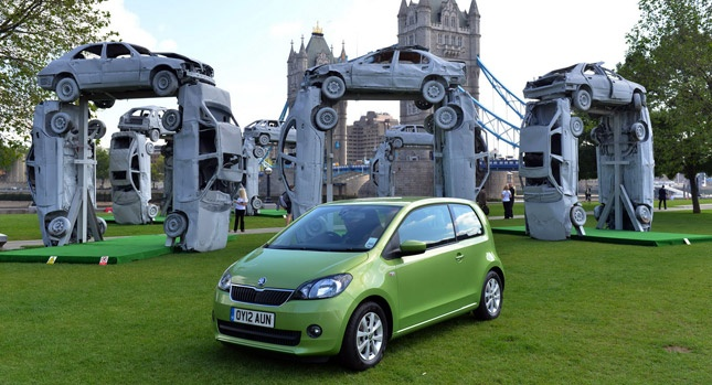 Artist Tommy Gun builds Stonehenge replica with recycled cars in London to promote #Skoda #Citigo