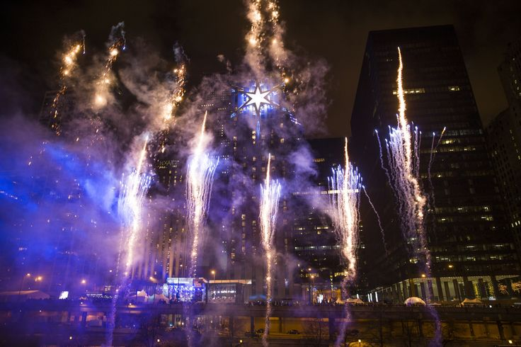 Celebrate New Years Eve in Chitown. Watch the rising star. Photo: Chicago Tribune