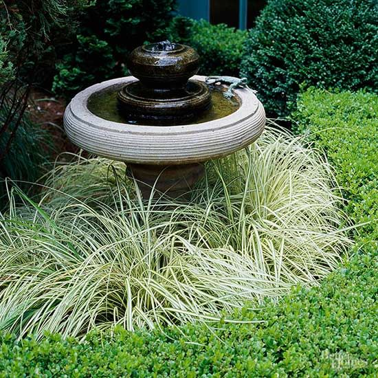 When your garden is small, it's easier to groom it meticulously and keep everything under control. This multifaceted gem of a garden in Atlanta is a case in point.