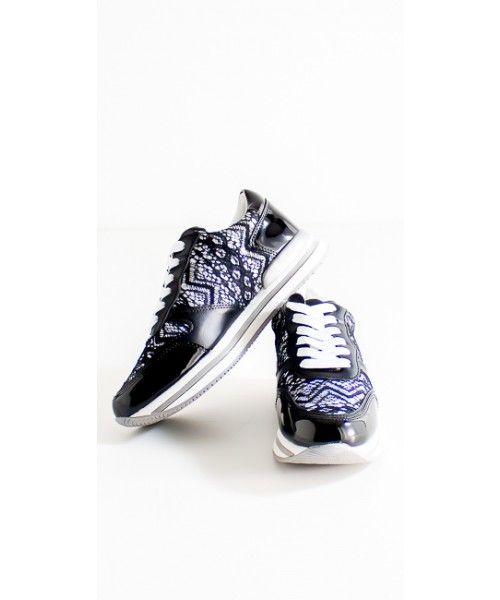 Sneakers Mimi Muà con applicazioni in pizzo disponibili anche in bianco
