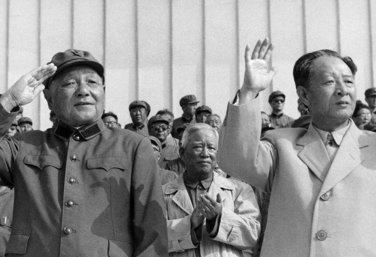Deng Xiaoping, Hu Yaobang. 鄧小平, 胡耀邦-v2.jpg (2048×1401)