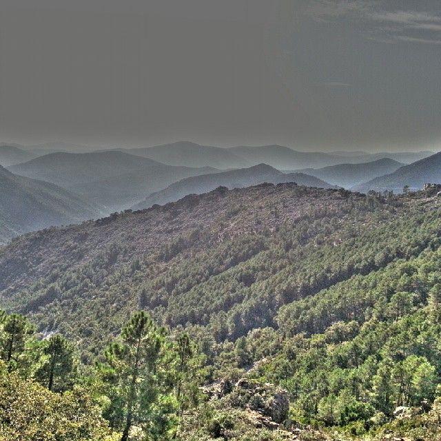 El paisaje abrupto de Las Hurdes deja sin palabras...