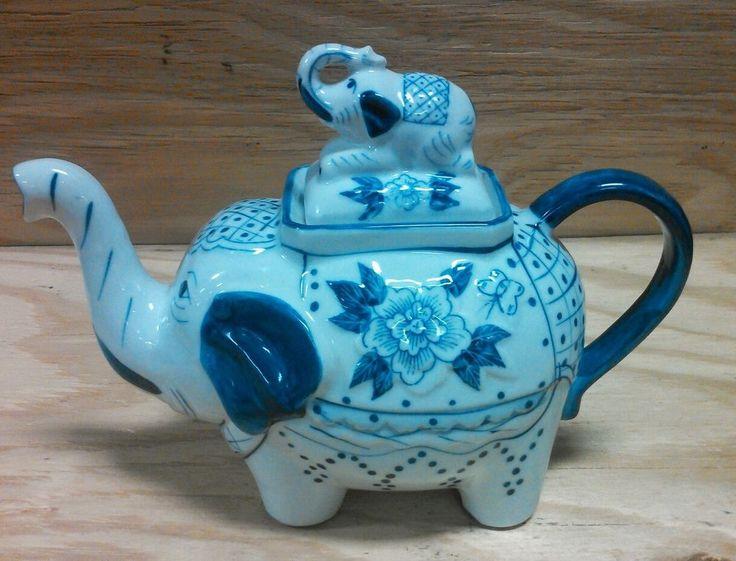 les 283 meilleures images du tableau elephants teapots. Black Bedroom Furniture Sets. Home Design Ideas