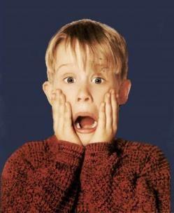 """Macaulay Culkin """"Mi  Pobre  Angelito"""" 1990."""