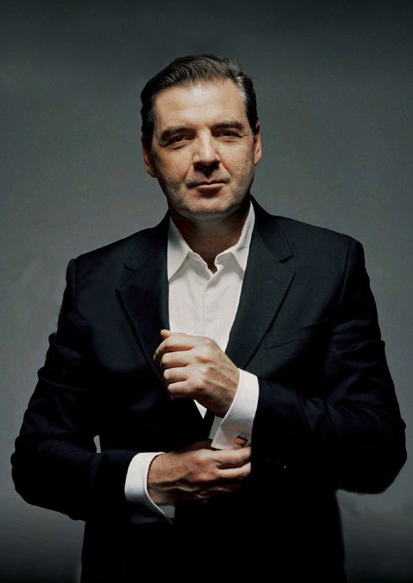 Brendan Coyle. Suit, cuff links, smirk. Yes. Just yes. (Mr. Bates!)