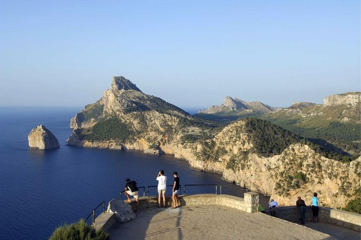Diez acantilados espectaculares de España que quitan el hipo: FORMENTOR