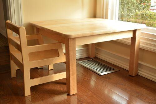 Image Gallery Montessori Table