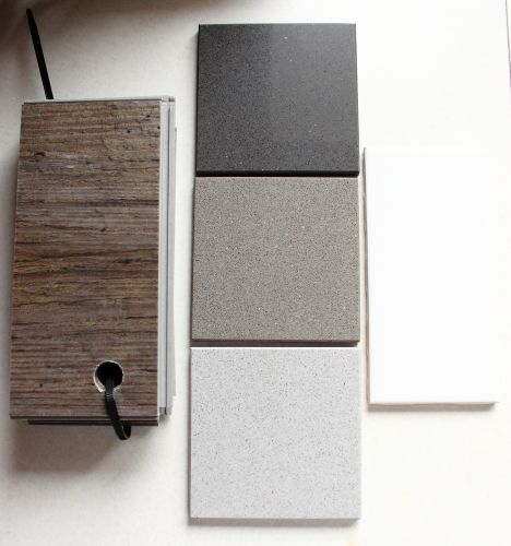 Silestone-marengo, grey expo, niebla w/ white subway tile