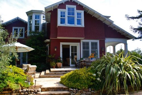 traditional exteriorBathroom Design, Dreams Home, Shannon Malone, Exterior House, Families Santacruz, Exterior Design, Traditional Exterior, Back Porches, Santa Cruz