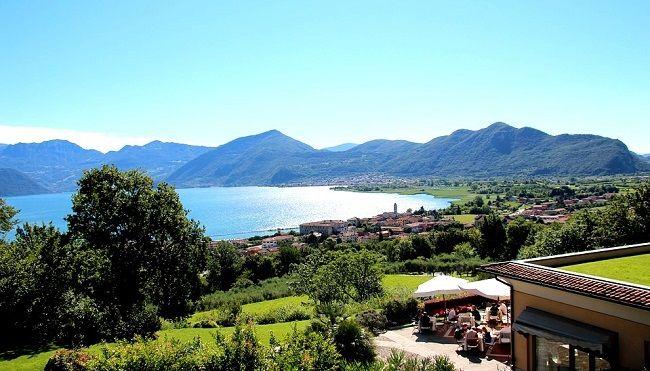 Le lac d'Iseo, l'un des plus beaux lacs du nord de l'Italie