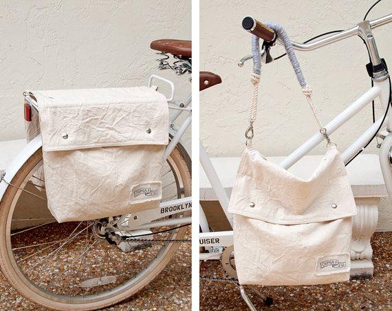 Natürliche Leinwand Satteltaschen Fahrrad / Fahrrad Packtaschen, die leicht in eine Schulter konvertieren / hobo / messenger Tasche. Sie passt auf die meisten standard zurück Fahrradständer mit einem einfachen Leder & Druckknopf, wie auf dem 4. Foto gesehen. Wenn du kommst, wohin du gehst, es öffnet schnell ab und der Umhängetasche-Griff können abgeschnitten werden, auf. S T O R Y fand ich, dass es leicht genug war, um meine Tasche zu meinem Fahrrad, aber dann Gurt, wenn...