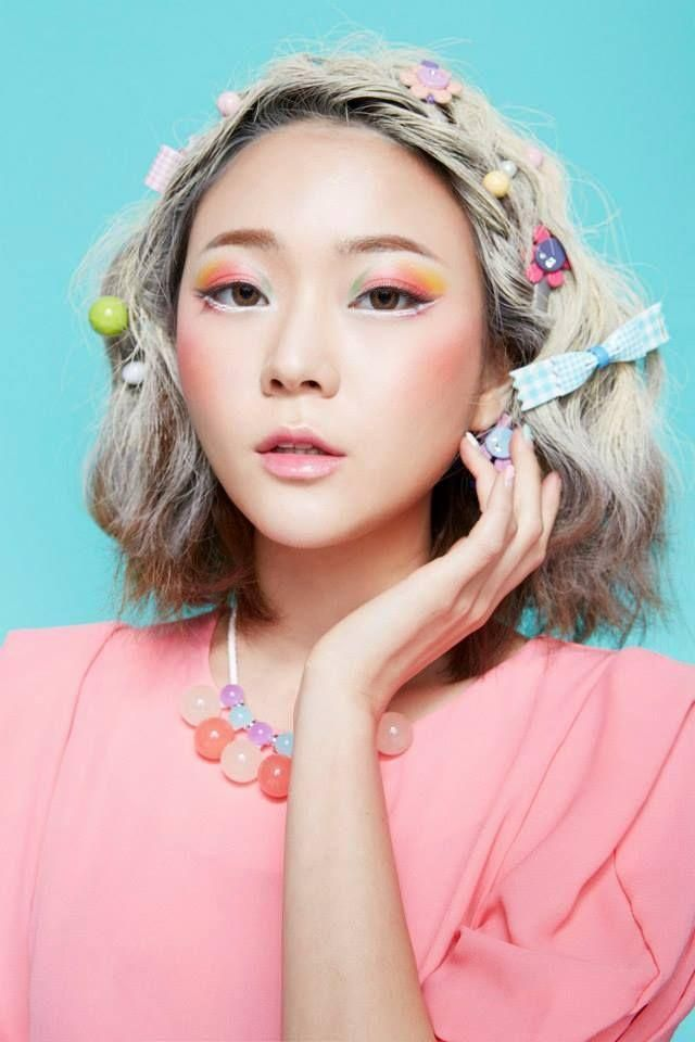 Candy-inspired makeup.