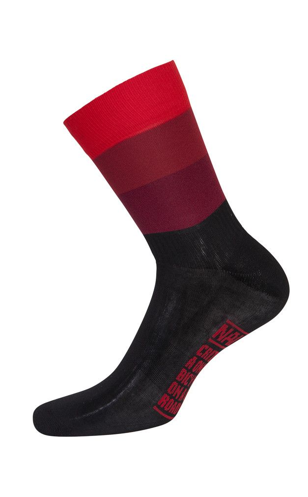 Nalini Blue Summer Cycling Socks (H19) Make a statement with Nalini Blue Summer Cycling Socks. These super soft performance cycling socks cradle your feet and are designed to keep you cool and dry whi