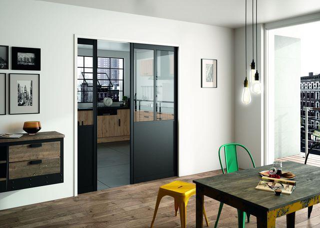 Les 25 meilleures id es de la cat gorie portes noires sur - Encadrement porte couleur differente ...