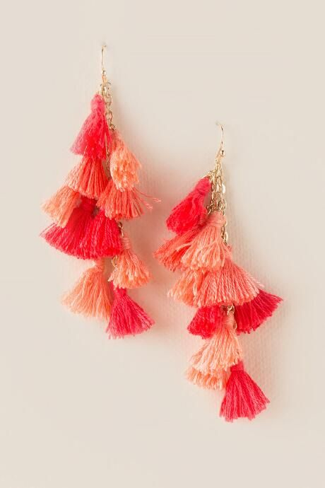 Is your mom getting ready for a tropical vacation? Help her pack! #Francescas  Avery Tassel Cluster Drop Earrings $16.00