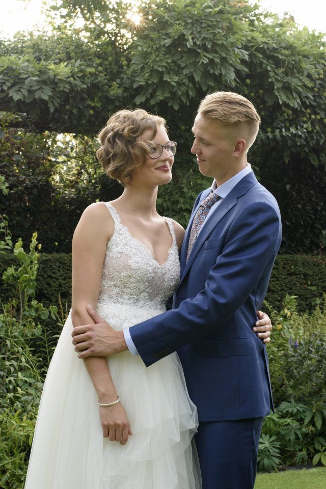 17 beste idee n over smoking jurk op pinterest gotische chic secretaresse kleding en elegante - Secretaresse witte ...