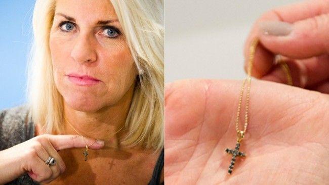 Norvège: l'animatrice Siv Kristin Saellmann doit enlever sa croix