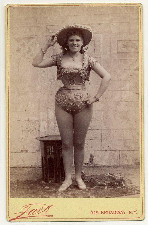 Sexy Picture From 1890: Vintage Photos, Vintage Burlesque, Exotic Dancers, 1890S, U.S. States, Vintage Portrait