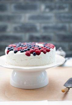 Творожный мусс с ягодами (торт) » Кулинарные рецепты