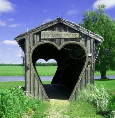 heart bridge=WOULD be a great place to get married,,,,Engagement Rings Vintage, Shack, The View, Heart Shape, House, Places, Covers Bridges, Heart Shapped, Country