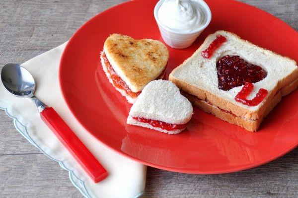 Завтрак на день Святого Валентина в постель: Романтические идеи